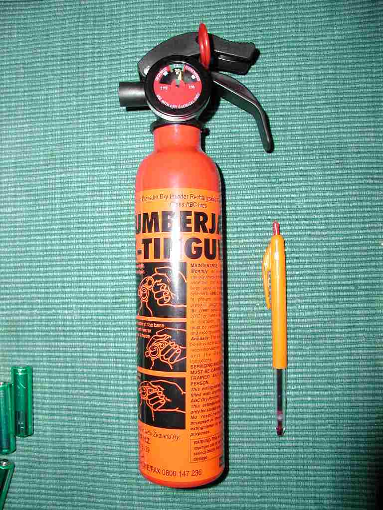 motorcycle and chainsaw fire extinguisher